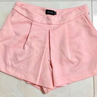 Fyn Pink Shorts