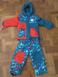 Ski clothes for 3 years' old