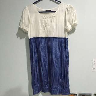 Cavalier white and blue dress