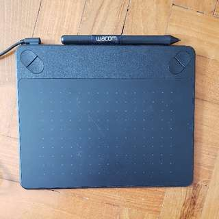 Wacom Intuos Photo creative pen and touch. small size