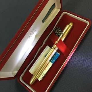 皇冠22K金色高級鋼筆
