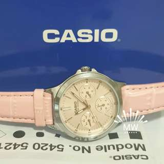 Casio leather ltp-v300l-4a ladies analog watch brand new