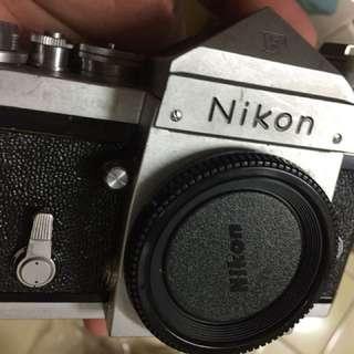 底片 單眼相機 大F 尖頭 七成新 Nikon 閃燈座 機身蓋