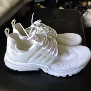 (Preloved and Authentic) Nike Presto