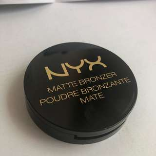 Nyx Matte Bronzer in Deep Tan