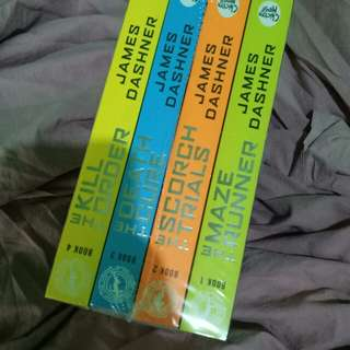 Maze Runner Book Set (NEW)