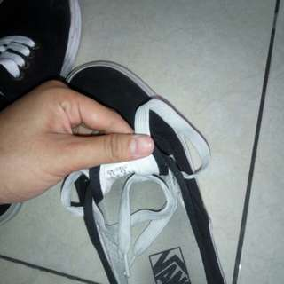 Vans authentic size 39