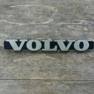 VOLVO 1970s - 1980s EARLY 200 SERIES EMBLEM