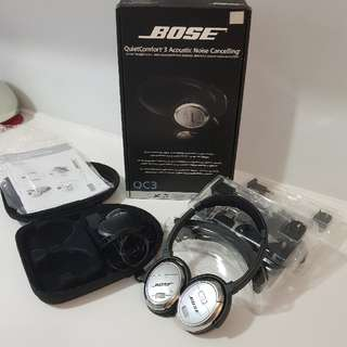 Bose Noise Cancelling Head Phones