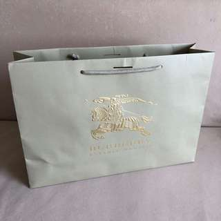 BURBERRY Paper Carrier