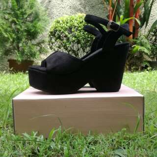 🆕 Black Wedges #Fesyen50