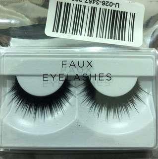 3D eyelashes black