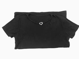 black blouse with chocker