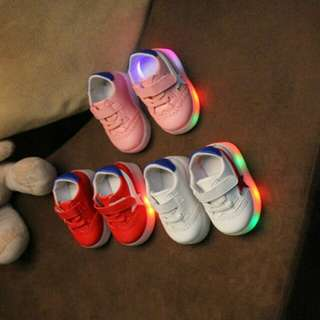 FREE POS😍😘Shoes Sneakers With Lighting for Toddler And Kids