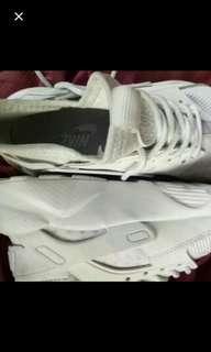 EOM Huarache Ultra White