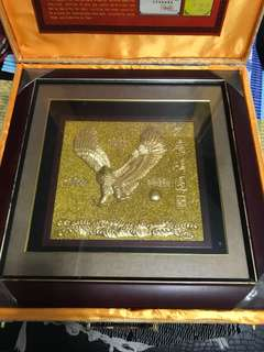 Gold Painting Sculpture
