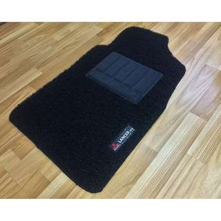 MITSUBISHI LANCER GLX CS3 OEM FITMENT DRIVER SIDE ONE PCS ONLY CAR FLOOR MAT..BLACK PVC CARPET MAT MITSUBISHI LANCER GLX LOGO ONE PCS COLOR AVAILABLE - RED,GREY ,BEIGE ,BROWN & BLUE...PLEASE CONTACT ME BEFORE DROPPING BY !