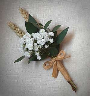 Wedding Flowers : Boutonnieres
