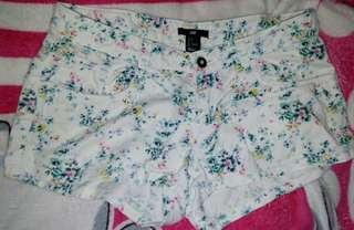 H&M floral sexy short