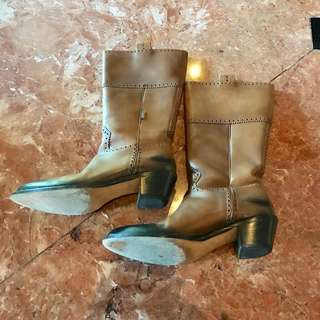 Authentic GUCCI LEATHER BOOTS Size8B