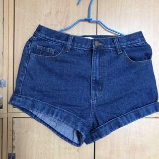 高腰牛仔短褲