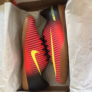Nike Futsal Shoes UNISEX JR MERCURIALX VAPOR