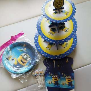 Minion party and toothbrush set