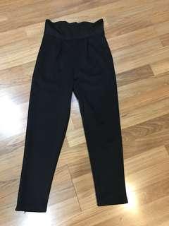 Celana hitam highwaist