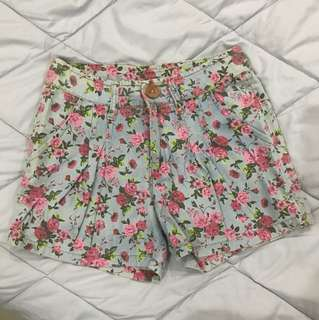 Floral Short Pants/ Celana Pendek Bunga