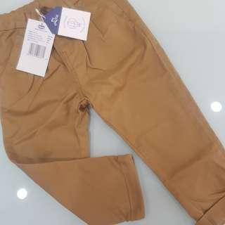 Celana khaki Chicco