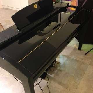 Yamaha Clavinova piano CVP-509