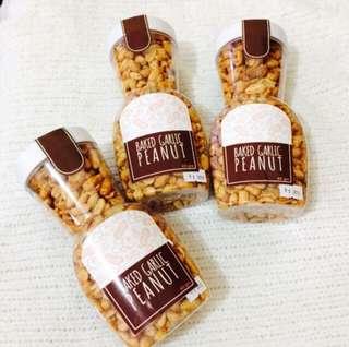 Baked Garlic Peanuts 400g