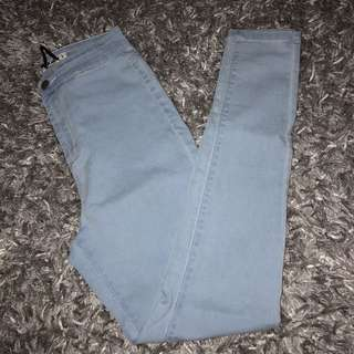 Light Blue Denim Jeans / Jeggings