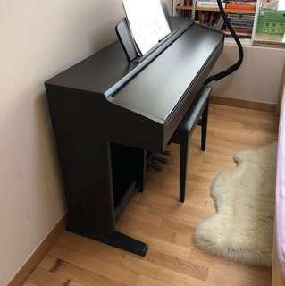 Yamaha Clavinova Piano CLP-120