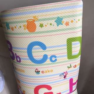 LG Asobang Alphabet Winnie Pooh (2100*1400*18mm) playmat