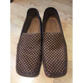 Authentic Louis Vuitton Men's Loafers Size:7