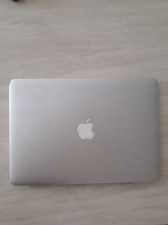 Macbook Air (13-inch, Mid 2013) Open to Nego