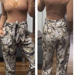 Sheike patterned pants 6