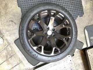 Maserati 19in original stock rim