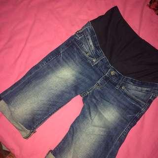 Mama Shorts by H&M (celana hamil)