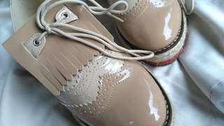 Sepatu Oxford Adorable Projects