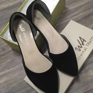 Oriented Traffic Shoes 平底鞋