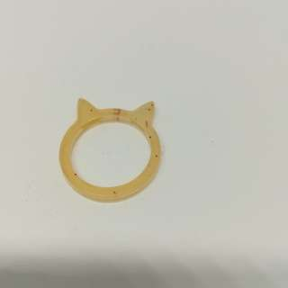 Cat ring with dot