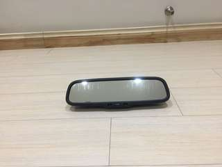 Lexus auto dim look back mirror