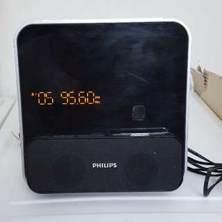 Philips Docking Entertainment System菲利蒲 (收音機/鬧鐘/駁iPhone, ipod/MP3 link)
