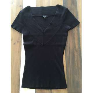 CUE knit t-shirt, size S