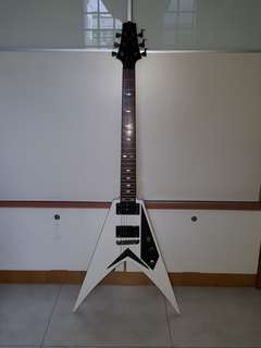 [NEW] Greg Bennett Samick SV-20 Electric Guitar JTR Designed Flying V with FREE Guitar Bag