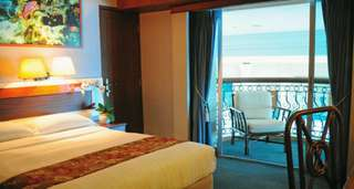 Raffles Marina Standard Room 2D1N
