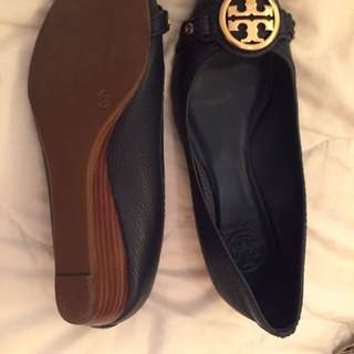 Tory Burch wedges 36.5