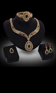18k gold plated necklace set